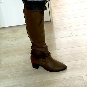 New Over boots brown with small part dark red.
